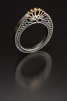 Jewelry | Jewellery | ジュエリー | Bijoux | Gioielli | Joyas | Art | Arte | Création Artistique | Artisan | Precious Metals | Jewels | Settings | Textures | by Vina Rust