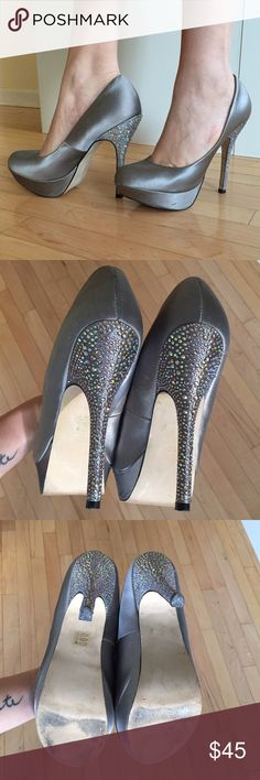 Sparkling Rhinestone Steve Madden Heels 10 GREAT Sparkling Rhinestone Steve Madden Heels Size: 10 Condition: GREAT Photos are part of the description. Please feel free to leave a comment for any questions! Steve Madden Shoes Heels