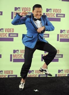 Korean artist PSY becomes popular in America...it's possible!