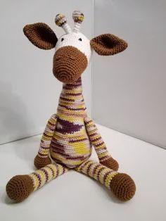 Crochet Hedgehog, Giraffe Crochet, Giraffe Haken, Crochet Gifts, Crochet Toys, Free Crochet, Sock Animals, Cute Baby Animals, Snoopy The Dog