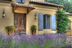 The South of France has a climate very similar to ours in Australia. It makes sense to draw our inspiration from there. I've got some great tips for creating the French Provincial style in your own kitchen. Rustic French, French Decor, French Country Decorating, French Cottage, French Country House, Country Houses, Modern Country, Country Farmhouse, French Provincial Kitchen