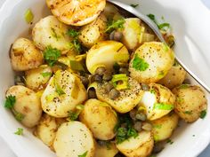 Lämmin purjo-perunalisäke Recipe 21, Feta, Potato Salad, Potatoes, Ethnic Recipes, Potato