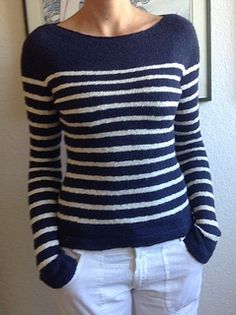 Ravelry: Satsuma Stripes pattern by CityPurl A Breton-style stripe sweater with a raw-edge boat neckline, fitted sleeves and folded cuffs and hem. Jumper Knitting Pattern, Jumper Patterns, Poncho Sweater, Sweater Coats, Sweaters, Top Mode, Striped Fabrics, Stripes Design, Types Of Sleeves