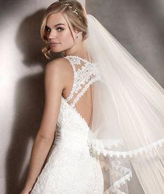 ARLET - Brautkleid im Meerjungfrau-Stil aus Gaze und Tüll mit Rückenausschnitt | Pronovias