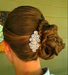 This was a pretty finish for a trial I did. www.austinweddinghair.com