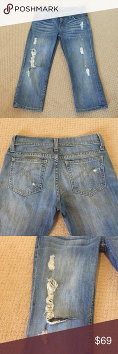 "Juicy Couture crop jeans Inseam approx 17"" Juicy Couture Jeans Ankle & Cropped"