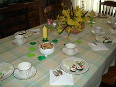 """St. Patrick's Day """"Tea Time with God"""" tablescape"""