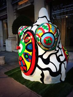 """Nana bathhouse"" by NIKI De Saint Phalle at Christies 28/11/2014  zaki48 @zaki48  29 nov."