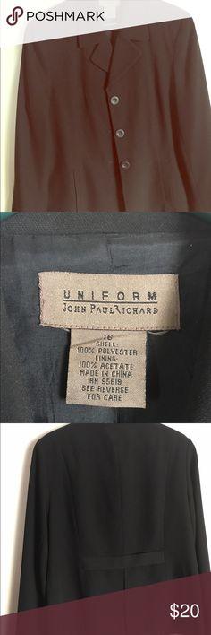 Women's blazer in excellent condition. Blazer for women, size 16 and in excellent condition. Jackets & Coats Blazers