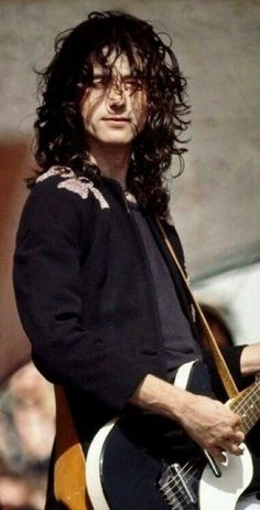 Jimmy Page Led Zeppelin Jimmy Page, Robert Plant Led Zeppelin, Led Zeppelin I, Foo Fighters, Great Bands, Cool Bands, Hard Rock, Heavy Metal, El Rock And Roll
