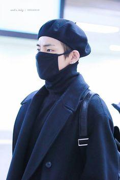 V ❤ BTS at Gimpo Airport heading to Japan #BTS #방탄소년단