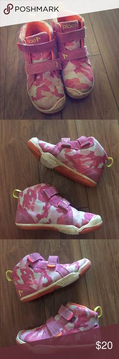 GIRLS PLAE HI TOP SNEAKERS Super cute and in pretty good used condition sneakers. Girls size 12. Bundle and save PLAE Shoes Sneakers