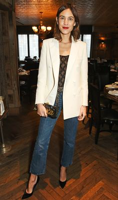 From Alexa Chung to Jessica Alba, celebrities turn to Edie Parker for their clutches.
