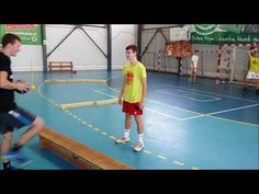 Handball pass and coordination - YouTube
