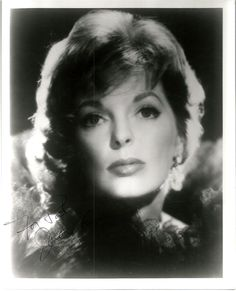 ~ jULIE LONDON ~ Love Letters For my brother Russell who loves jazz. Julie London (September - October was an actress and singer. Julie London, Female Actresses, Actors & Actresses, Hollywood Actresses, Julie Webb, Bobby Troup, Song Cry, Classic Singers, Forest Lawn Memorial Park