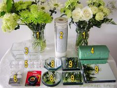 Really cute idea DIY Mirror Box Planter Centerpiece Carnation Centerpieces, Low Centerpieces, Mum Planters, Planter Boxes, Mirror Box, Diy Mirror, Mirror Centerpiece, Centerpiece Wedding, Weekend Projects