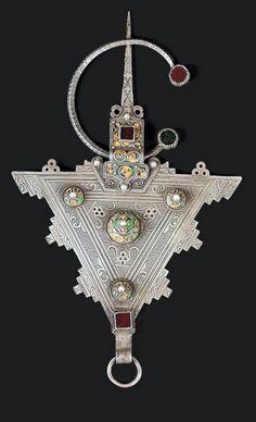 Morocco | Silver, enamel and glass paste fibula | Ida ou Semsal. Tiznit, Anti Atlas region | ca. 20th century