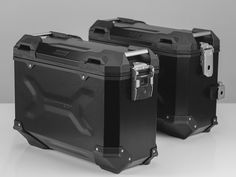 TRAX ADV Aluminium Pannier System. Black. 37/37 l. Honda Crosstourer (11-).