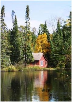 30 Free Cabin Plans – Download and print blueprints for any of a variety of different cabins. The plans are offered for free by their archit...