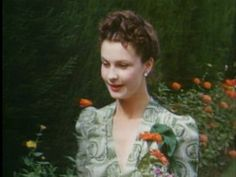 Vivien at Notley Abbey: Shortly after moving in, Vivien fell ill with tuberculosis and spent months resting and recuperating here. She grew to love its idyllic secluded setting, surrounded by green pastures and a lazy river that runs out front. Over the years Larry and Vivien created a romantic haven, a place that was steeped in history, and one where some of the most famous parties in England were held.