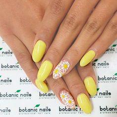 Botanic nails yellow with flowers Acrylic Nail Designs, Nail Art Designs, Acrylic Nails, Nails Design, Fun Nails, Pretty Nails, Botanic Nails, Yellow Nail Art, Daisy Nails