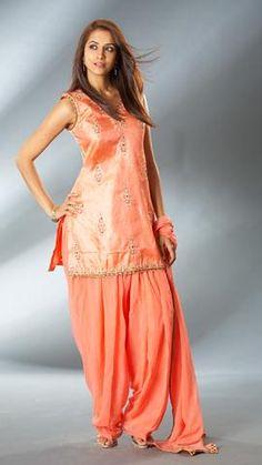 Indiase kleding – de verschillende stijlen worden hier uitgelegd | Tasty Nilou's