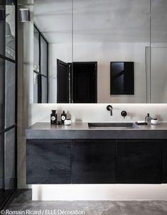 Pierre Gonalons Designer and Interior Architect Bathroom Renos, Bathroom Interior, Bathrooms, Bath Design, Elle Decor, Interior Inspiration, New Homes, Mirror, Luxury