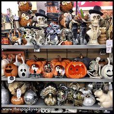 The Spooky Vegan: Halloween 2018 at HomeGoods Easy Halloween Decorations, Cute Halloween Costumes, Halloween Items, Halloween Home Decor, Halloween 2018, Halloween House, Spooky Halloween, Vintage Halloween, Halloween Crafts