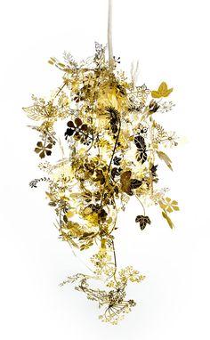 Metal garland pendant light // Tord Boontje. #lamp #chandelier #gold