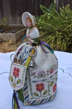 California Stitcher: Elizabeth Half Doll Pincushion - Completed!