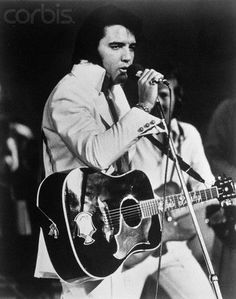 "( ☞ 2017 IN MEMORY OF ★ † ELVIS  PRESLEY ★ 40 YEARS AGO (1977 - 2017) ★ August 1972. "" Rock & roll ♫ pop ♫ rockabilly ♫ country ♫ blues ♫ gospel ♫ rhythm & blues ♫ "" ) ★ † ♪♫♪♪ Elvis Aaron Presley - Tuesday, January 08, 1935 - 5' 11¾"" - Tupelo, Mississippi, USA. † Died; Tuesday, August 16, 1977 (aged of 42) Resting place Graceland, Memphis, Tennessee, USA. Cause of death: (cardiac arrhythmia)."