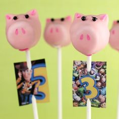 Hamm Cake Pops -   Kids will be thinking pink when they feast their eyes on these cute Hamm cake pops, modeled after the dutiful piggie bank pal of Toy Story fame.