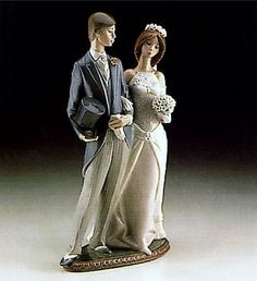"""This #Lladro """"Wedding"""" figurine by sculptor Juan Huerta was first issued in 1982 and was eventually retired in 1998."""