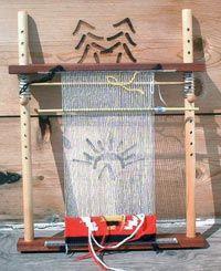 navajo loom Navajo Weaving, Navajo Rugs, Tapestry Weaving, Rug Loom, Loom Weaving, Dyi Crafts, Arts And Crafts, Rug Weaves, Wire Art