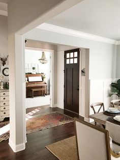 Home layout. Foyer opens to dining room and home office. The foyer opens to the living room, home office and dining room.  Home layout. #Homelayout Beautiful Homes of Instagram @ourvintagenest