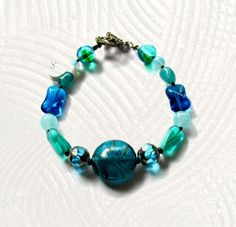Womens Teal Beaded Bracelet 8 1/4 Inches