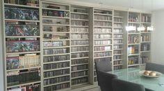 Edson Jr - Além de HQ's (Marvel, DC e Tex) coleciono CDs de rock e heavy metal. Revistas nao contabilizei mas de cds tenho em torno de 3080.