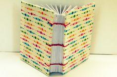 """Mini Cuaderno """"Colores"""", tapas de tela, cosido copta, tamaño A7"""