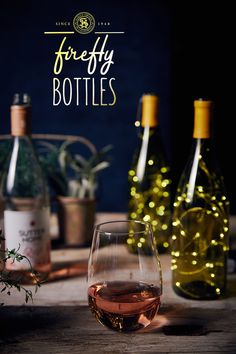 Our homemade Sutter Home Firefly Bottles are a charming way to add a romantic sparkle to your summer time décor. Sutter Home, Mountain Park, Easy Peasy, Summer Time, Diy Gifts, Red Wine, Alcoholic Drinks, Art Ideas, Bottles