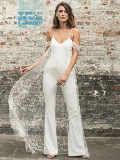 Your Rehearsal Dinner Outfit, Based on Your Zodiac Sign   TheKnot.com