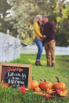 Pregnancy announcement, baby coming soon, fall pregnancy announcement, fall baby… - Baby Announcement Thanksgiving Baby Announcement, Pregnancy Announcement Pictures, Cute Baby Announcements, Halloween Pregnancy Announcement, Fall Birth Announcement, Pumpkin Baby Announcement, Pregnancy Reveal Photos, Mini Me, Fall Gender Reveal