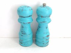 Salt and Pepper Shakers - Shabby Chic Turquoise - Kitchen Decor from GreenFoxStudio on Etsy. Saved to Shabby Chic Dreams. Salt Pepper Shakers, Salt And Pepper, Kitchen Accessories, Decorative Accessories, Turquoise Kitchen Decor, Red Turquoise, Aqua, Teal, Kitchen Necessities