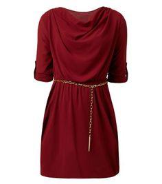 Cameo Rose - Robe bordeaux avec col bénitier et ceinture