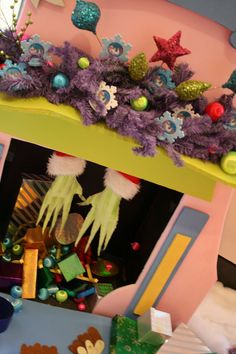 Gift wrapping ideas for christmas pinterest the grinch
