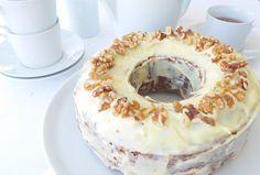 Uno de nuestros postres favoritos es el Carrot Cake. Hay muchas recetas diferentes y nunca quedan igual pero esta es sencillísima y consigue el verdadero sabor.