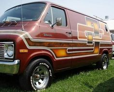 V8-VAN-Custom-70S-VANS - Custom V8 Van Conversion
