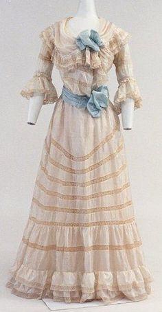 1905 Summer Day Dress