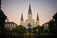 I wish I'd known I was going to visit New Orleans so I could have had this list at hand. Such a beautiful city. -- from ApartmentTherapy.com