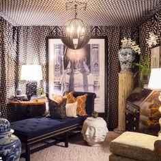 Bold walls at Matthews Furniture & Design at America's Mart 2016 Small Living Rooms, Living Room Modern, Living Room Decor, Atlanta Homes, Interior Decorating, Interior Design, Home Decor Trends, Furniture Design, Walls
