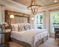 Gorgeous 35 Comfy Modern Farmhouse Bedroom Remodel Ideas https://bellezaroom.com/2018/03/05/35-comfy-modern-farmhouse-bedroom-remodel-ideas/